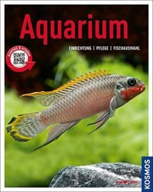 Buch über Einrichtung und Pflege von einem Aquarium